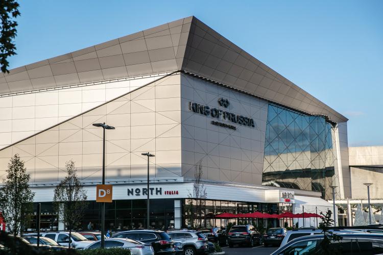 A top U.S. mall developer predicts a big comeback for the suburbs